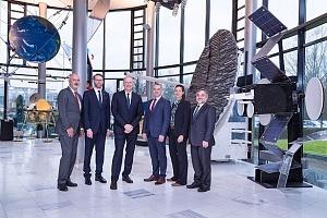 Neuer DLR-Vorstand besucht Raumfahrtstandort Bremen