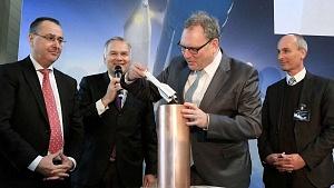 Grundstein-legung für das Ariane-6-Oberstufen-Integrations-zentrum