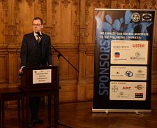 Senator Martin Günthner eröffnet die 34. Internationale Baumwolltagung in Bremen
