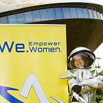Astronautin GmbH: Bremen start-up offers 'out of this world' empowerment workshops
