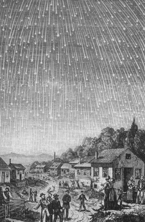 Einige Menschen halten Ausschau nach Sternschnuppen, die vom Himmel fallen