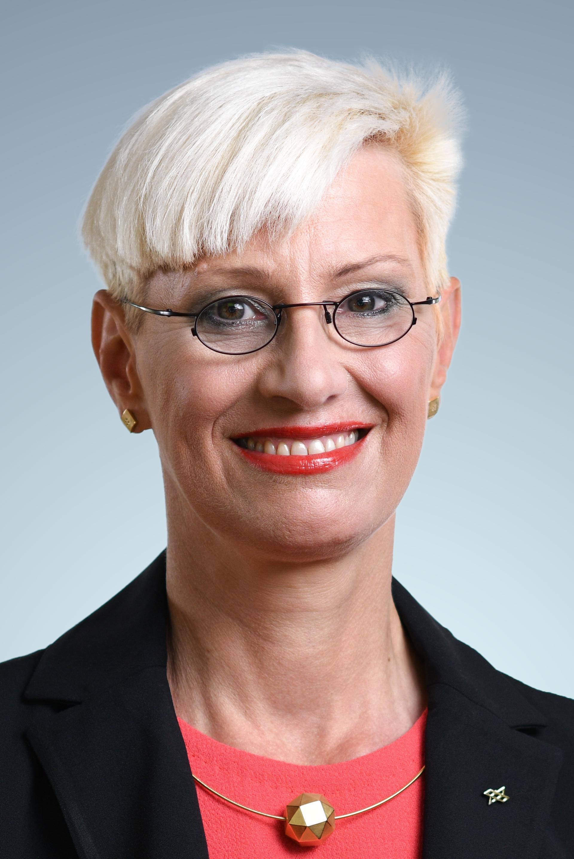 Portrait von Prof. Dr.-Ing. Anke Kaysser-Pyzalla